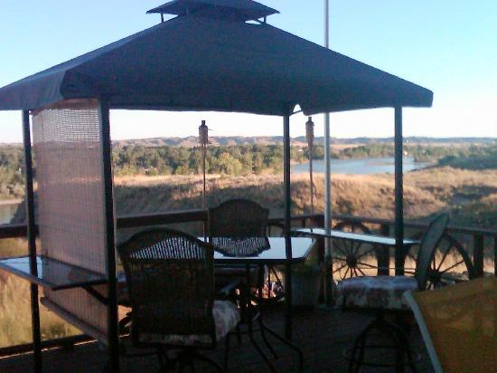 Yellowstone Bluffs B&B: Breakfast view!