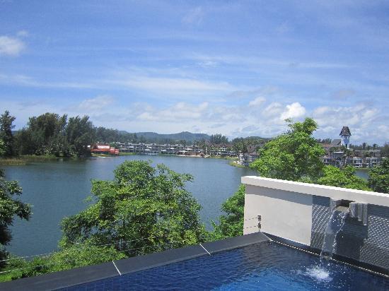 ดุสิตธานี ลากูน่า รีสอร์ท: View from Pool Terrace
