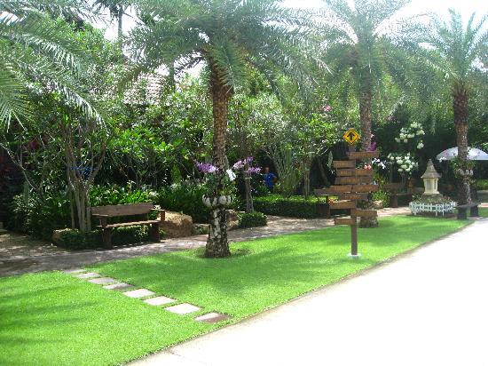 Villa Wanida Garden Resort 3
