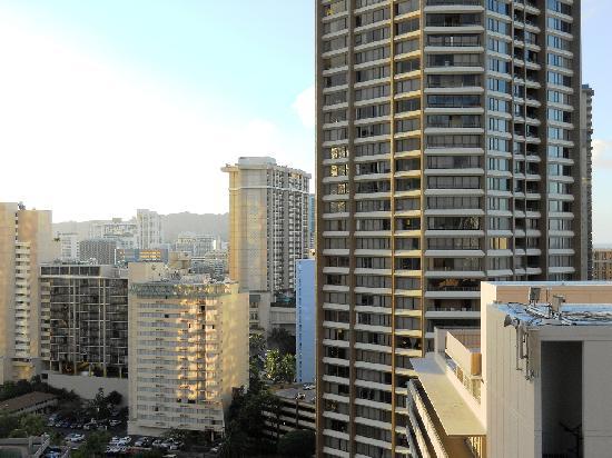 Marina Tower Waikiki: Morning View 1