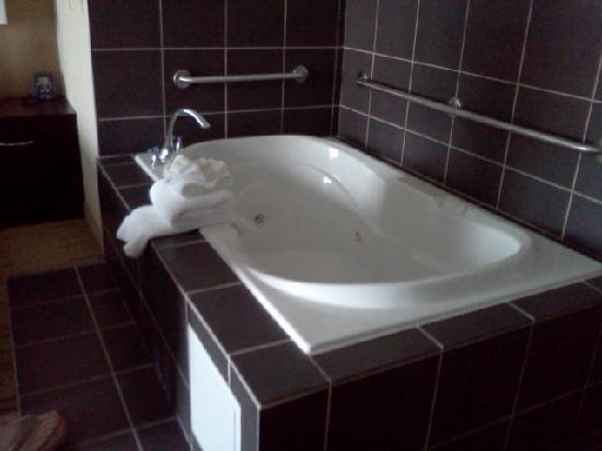 Hilton Garden Inn Cincinnati/Mason: Oh so relaxing hot tub
