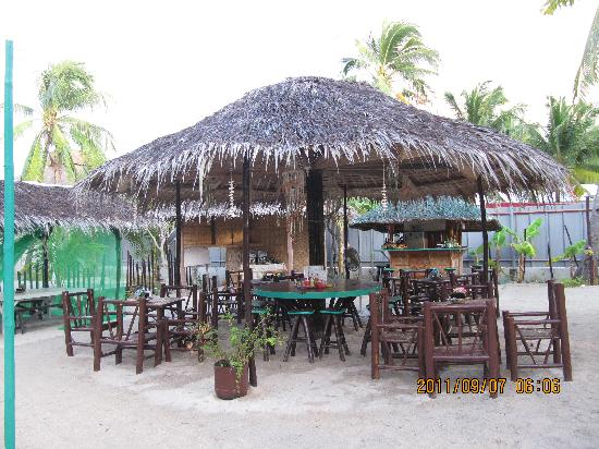 Beach Placid Resort, Restaurant and Bar: restaurant