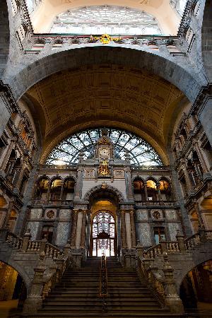 Bahnhof Antwerpen-Centraal: interior