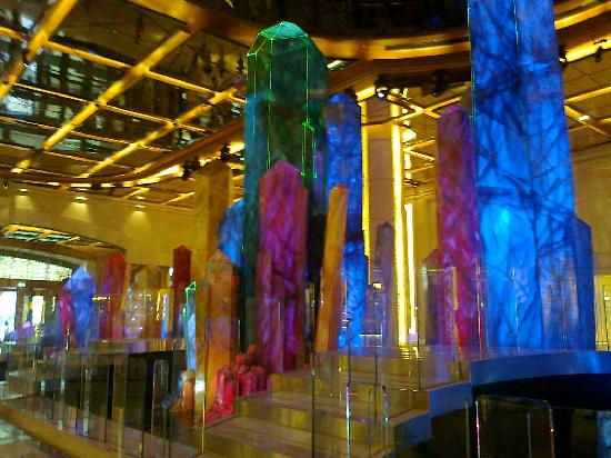 มาเก๊า, จีน: Galaxy's multicoloured stalagmites (foyer near shuttle bus boarding area)