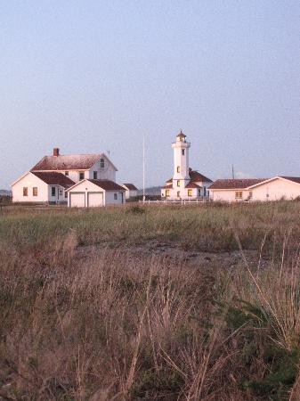 Fort Worden State Park: Pretty lighthouse.
