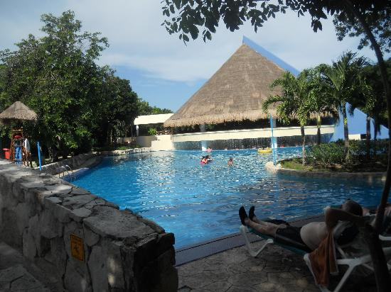 Occidental at Xcaret Destination: piscine 1