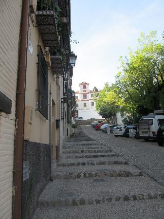 Hotel Casa Morisca: Hotel is half way up this street