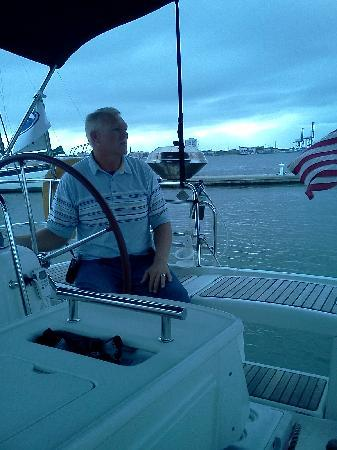 Captains Source Tours: Captain Mike