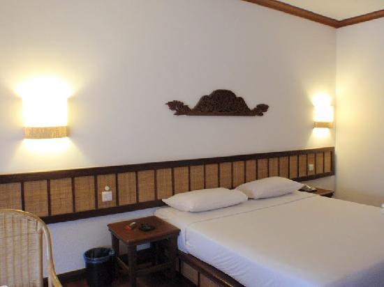 ลากูน่า เรดังไอส์แลนด์: King Sized Bed