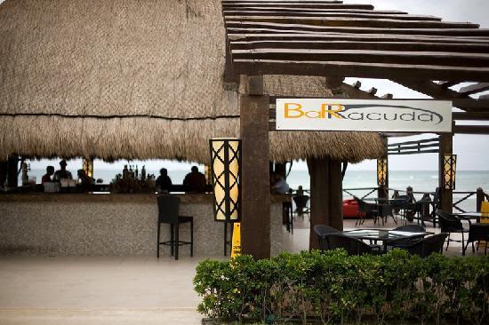 Secrets Silversands Riviera Cancun: Barracuda Bar