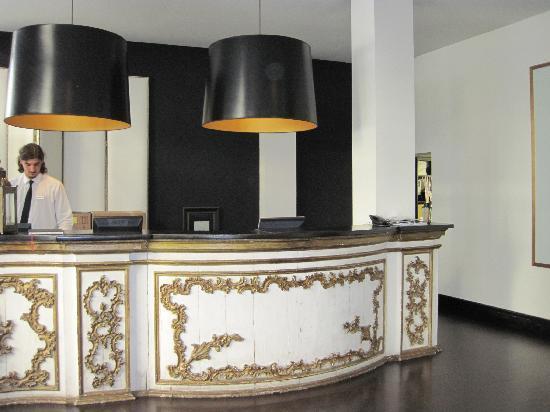 โรงแรมพุลลิทเซอร์: Reception area