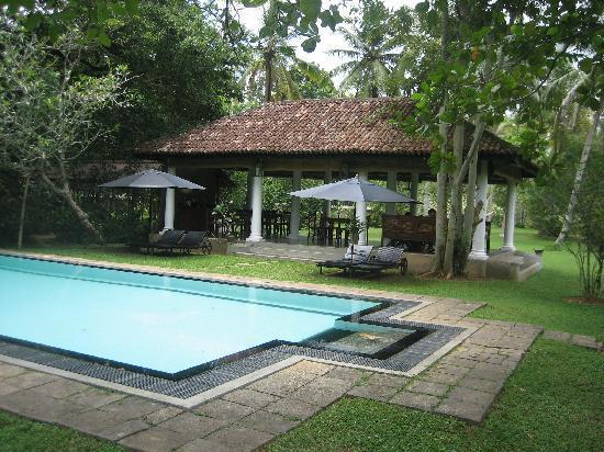 Nisala Arana Boutique Hotel: Pool & Pavilion