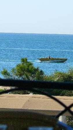 Maritim Pine Beach Resort: Вид с террасы ресторана
