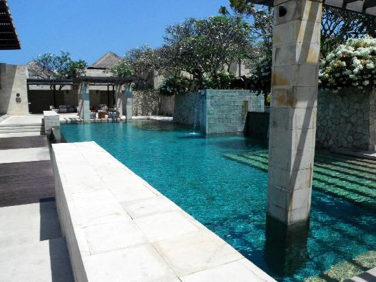 โรงแรมเดอะเบลี: The Main Pool