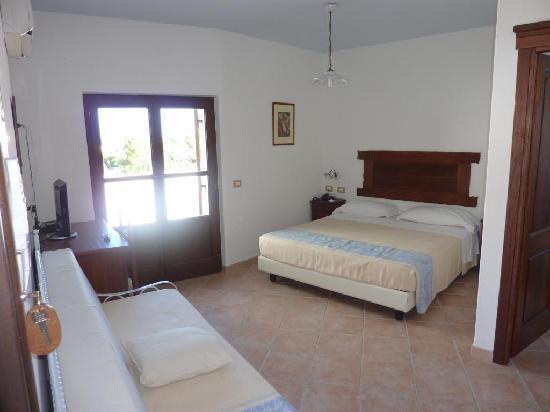 Hotel Nuraghe Arvu: Chambre