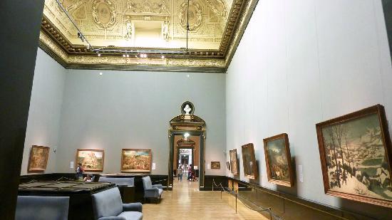 พิพิธภัณฑ์ประวัติศาสตร์คุนสท์: 14 works by Bruegel in one room