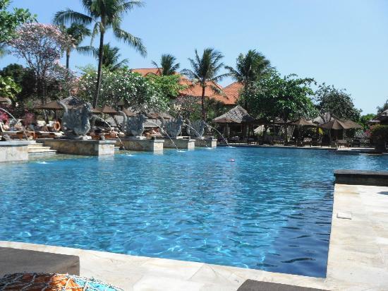 อายานา รีสอร์ท แอนด์ สปา: Main Pool