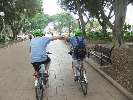 Bike Buffs - Sydney Bicycle Tours: Vision Impaired Client, Hyde Park