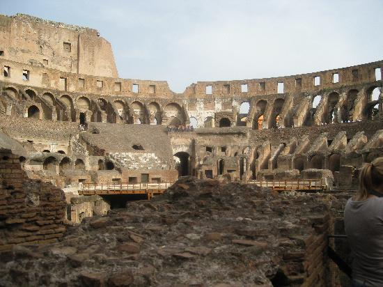 Best Tour Of Italy: The Colisseum