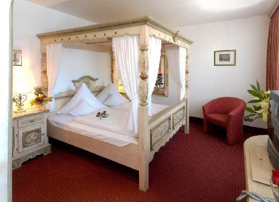 Hotel zum Weyssen Roessle: Heavens gate
