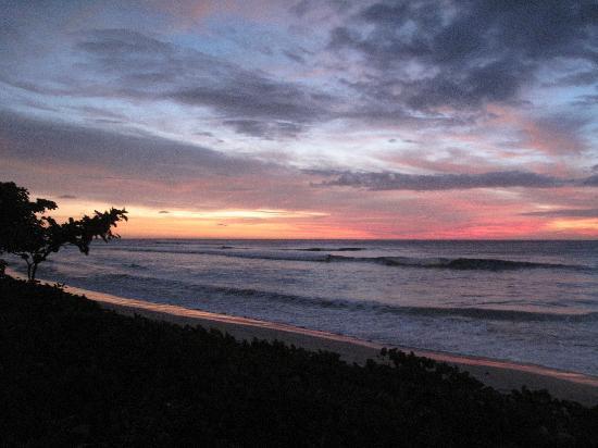 อินเตอร์คอนทิเน็นทอลฟิจิกอล์ฟรีสอร์ทแอนด์สปา: Sunset