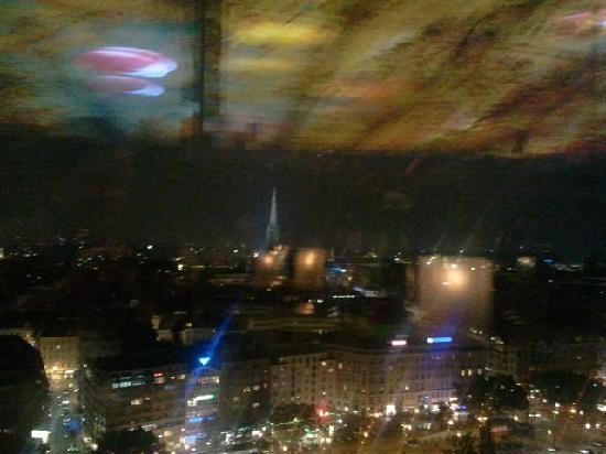 โรงแรมโซฟิเทล เวียนนา สเตฟานส์ดอม: Ausblick am Abend