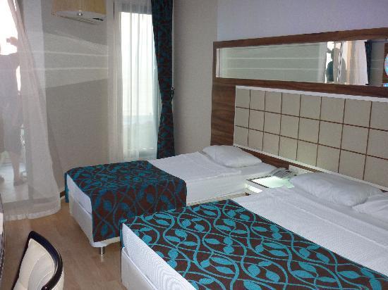 Grand Zaman Beach Hotel: 3 Bett Zimmer Grand Zaman