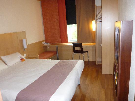 Ibis Barcelona Mollet: Double room