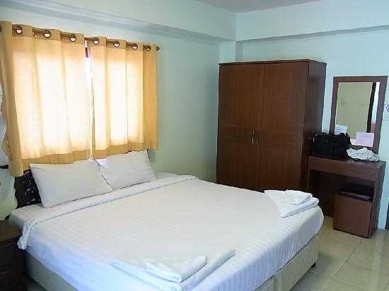 โรงแรมซิลเวอร์โกลด์ การ์เด้น สุวรรณภูมิ แอร์พอร์ต: シルバー ゴールド ガーデン スワンナプーム エアポート③