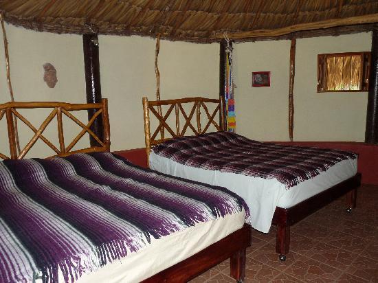 The Pickled Onion B&B / Restaurant: interior dos camas dobles