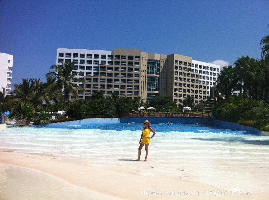 The Grand Mayan at Vidanta Nuevo Vallarta: wave pool
