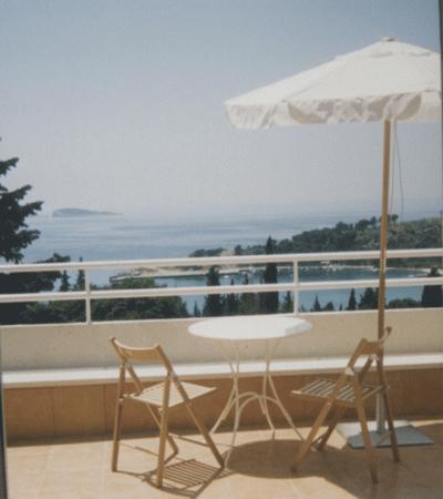 Villa Bozena: All apartments with direct sea view