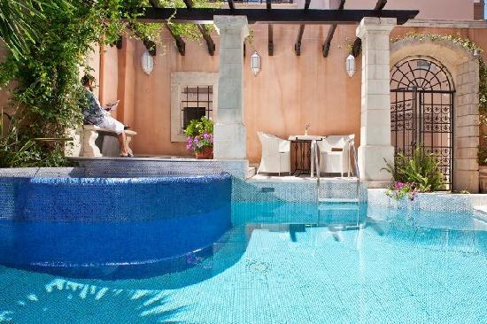 Palazzo Rimondi: Pool