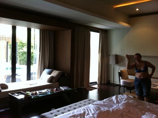 โรงแรมเคป นิทรา: garden pool room