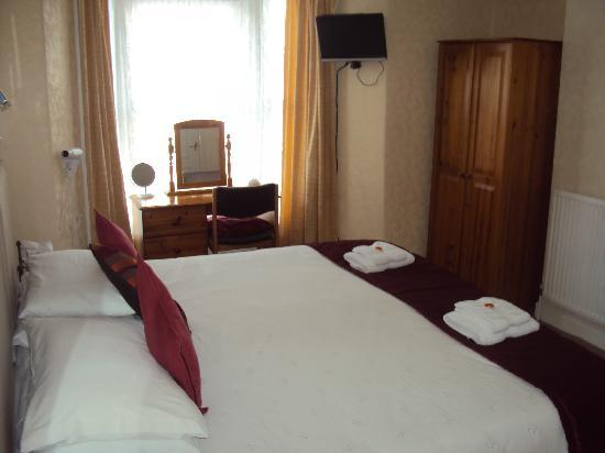 The Lawnswood Guest House: En suite Twin or Kingsize double