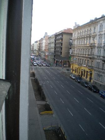 โรงแรมแรฟเฟลโล่: Legerova vue de la chambre