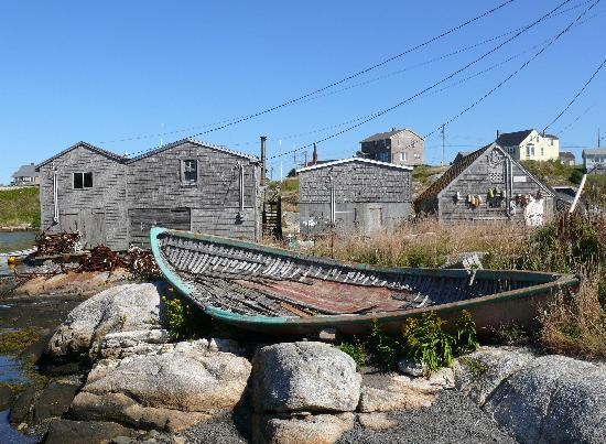 Peggy's Cove Lighthouse: Old fishing boat