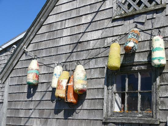 Peggy's Cove Lighthouse: Fishing floats