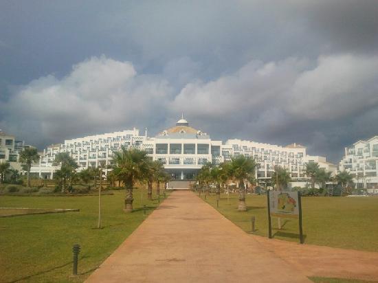 โรงแรมเฟอร์เต้ เอสเทโปน่า: Magnificas instalaciones