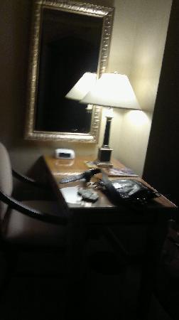 โรงแรมซีซาร์ พาเลส: room 1082 in the tower