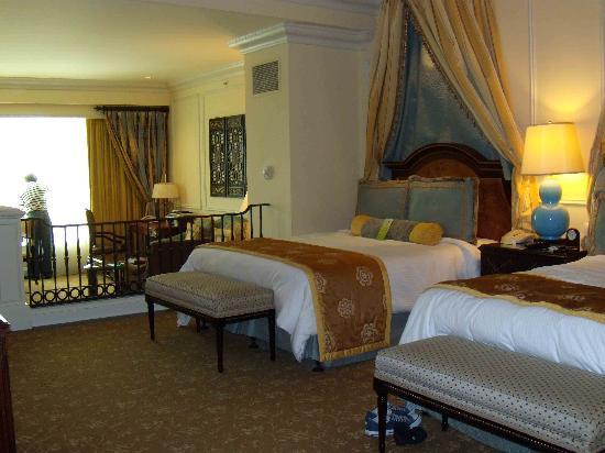 โรงแรมเดอะเวเนเชี่ยน มาเก๊า รีสอร์ท: View of room from the entrance