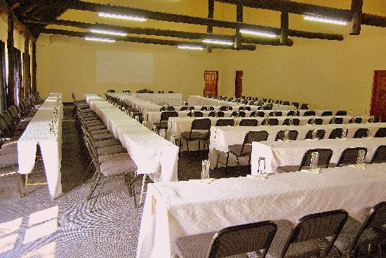 Chrismar Hotel: conference room 1