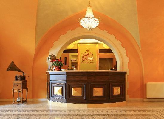 Hotel Villa Rosa Antico: Reception