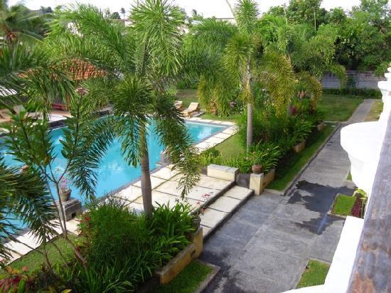 Kusuma Resort: pool