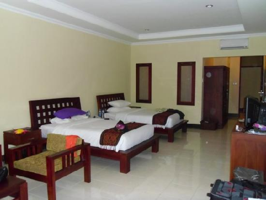 Kusuma Resort: room