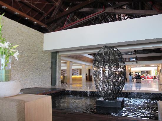เดอะเวสทินลังกาวี รีสอร์ท & สปา: Hotel lobby (Very nice)