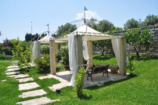 Hotel Villa Rosa Antico: Gazebi del giardino
