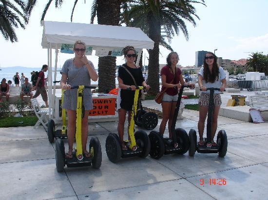 Segway Tour Split: girls' team