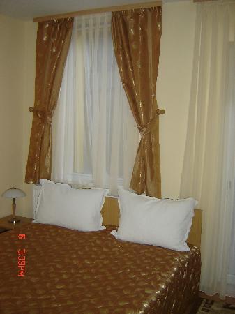 Pension Paris: double room