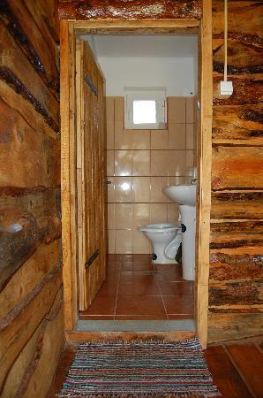 Tado Letea Pension: Bathroom